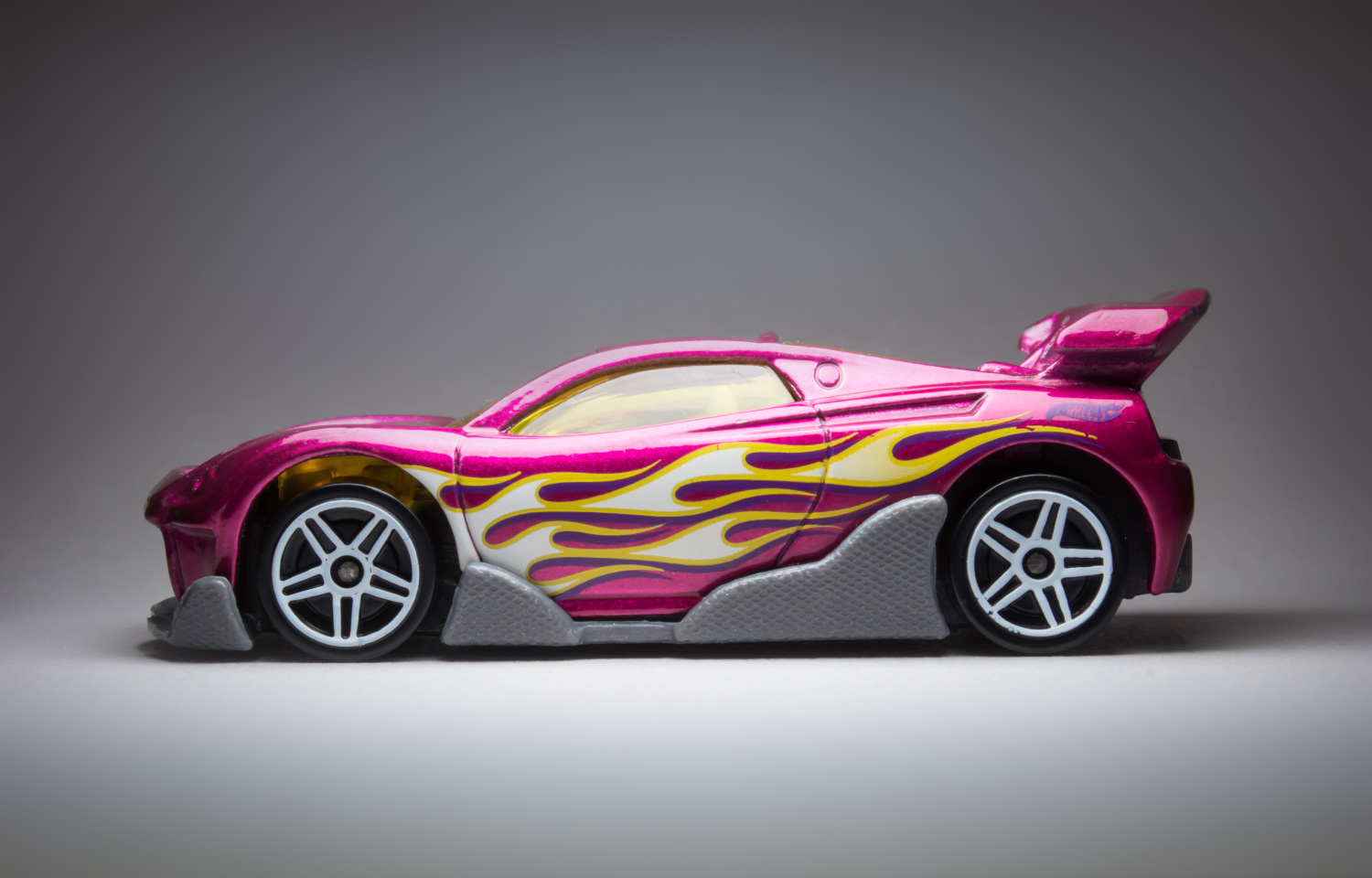 hot wheels cars photographed like real cars